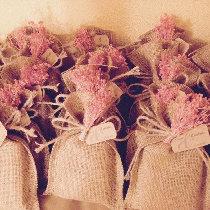 Saquito yute flor rosa